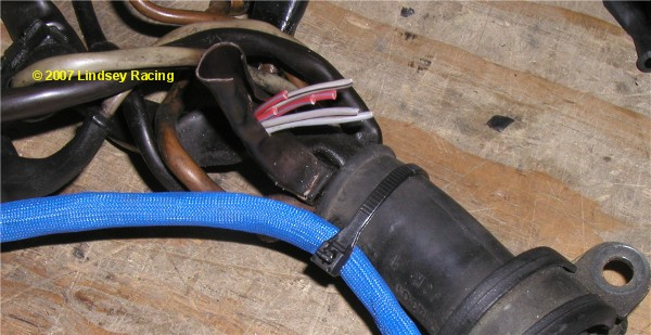 fuel injector w knock sensor harness 944t at lindsey racing your porsche 914 then tape this connection using electrical tape to protect it from touching anything metal or grounding since these red wires are hot (12v power)