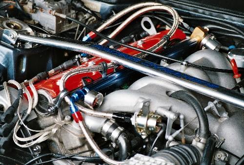 FUEL RAIL 16v HEAD at LINDSEY RACING - Your Porsche